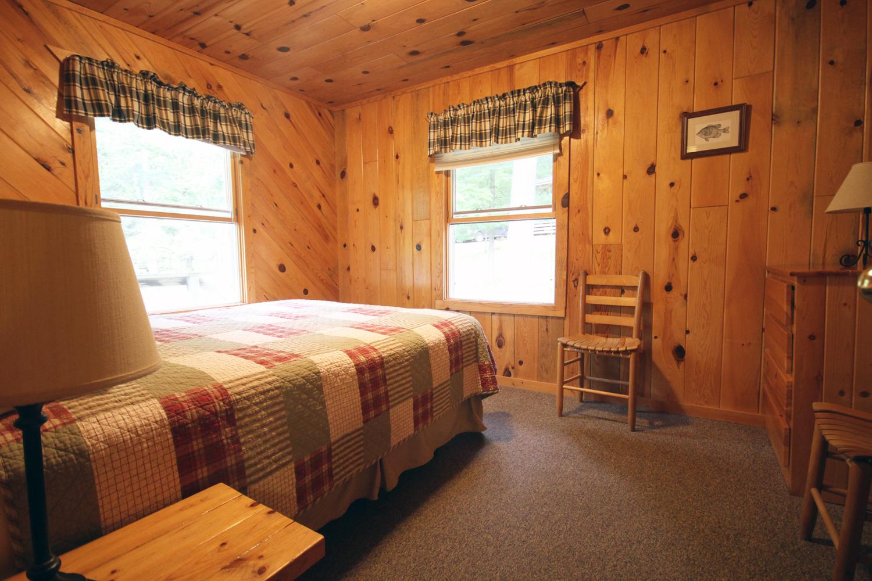 Corner bedroom with Queen Bed